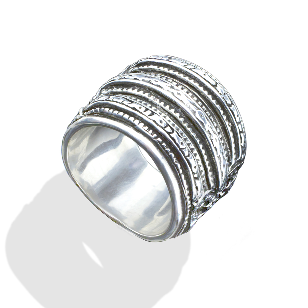 silver fish crown ring