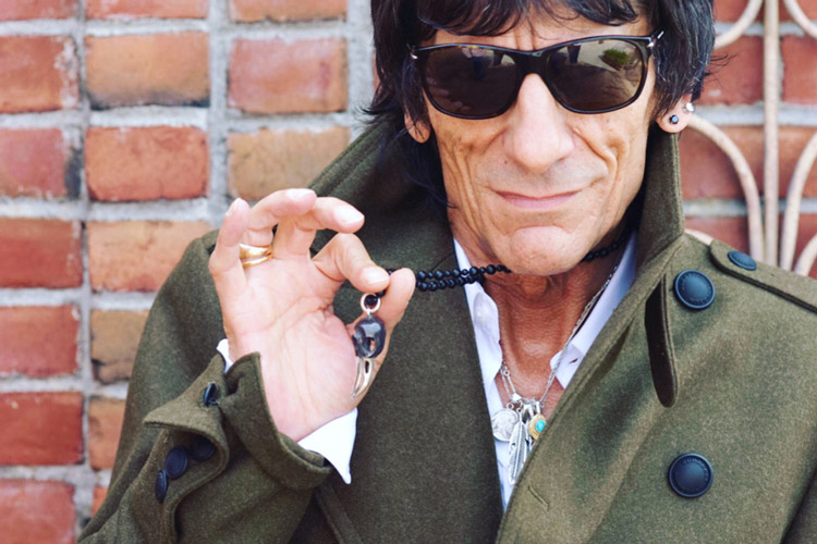 Image of Ronnie Wood wearing Lazaro Raven Skull Pendant