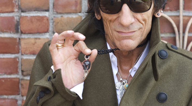 15 male celebrities rocking mens jewelry 2 ron wood aloadofball Image collections