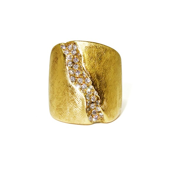 18kt Gold & White Diamond Crevice Ring
