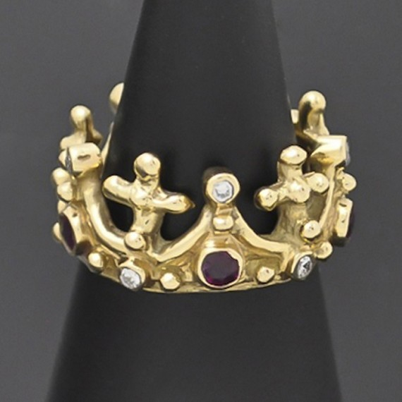 Rubies & 18kt Gold Crown Ring