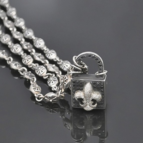 Sterling Silver Black & White Diamond Fleur-De-Lis Lock Necklace