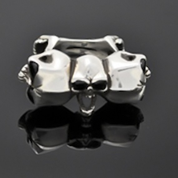 Screaming Skull Ring with Black Onyx Eyes