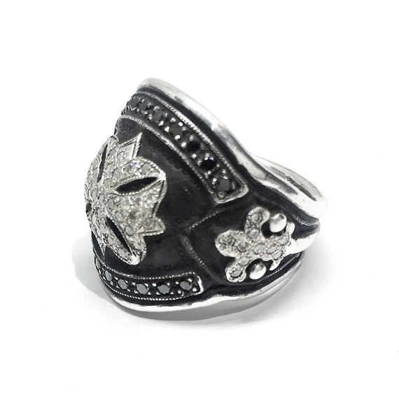 Black and White Diamond Silver Fleur-De-Lis Ring