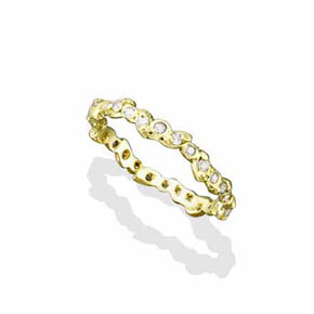 Continuous Leaves With White Diamonds 18K Gold Ring