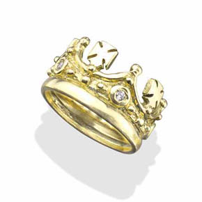 White Diamonds & Crosses 18KT Gold Crown Ring